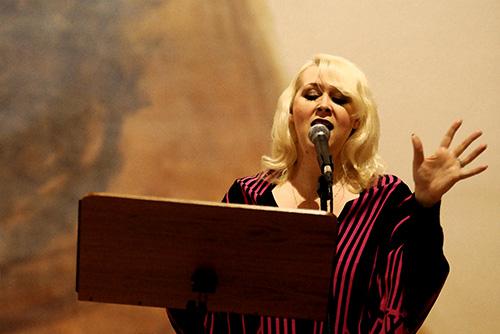 Diplom-Mezzosopranistin Natali Kukshausen